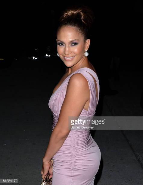 Jennifer Lopez arrives at The Fashion Group International's 25th Annual Night of Stars at Cipriani Wall Street on October 232008 in New York City