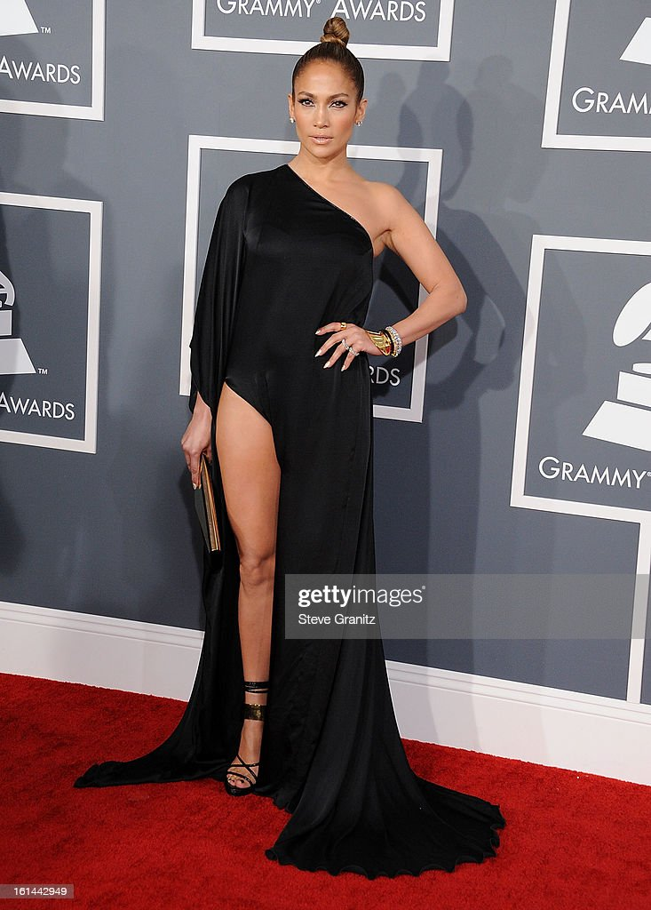 Jennifer Lopez arrives at the The 55th Annual GRAMMY Awards on February 10, 2013 in Los Angeles, California.