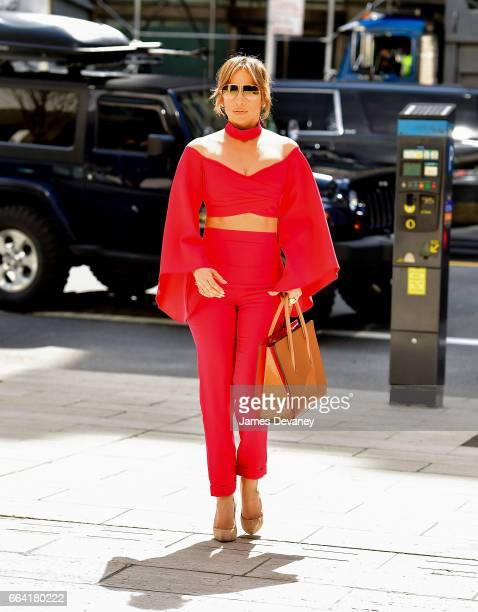 Jennifer Lopez arrives to Solow Building on April 3 2017 in New York City