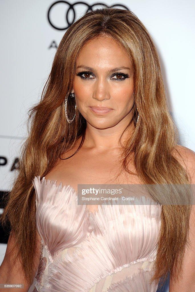 Jennifer Lopez attends the '2010 amfAR's Cinema Against AIDS' Gala.