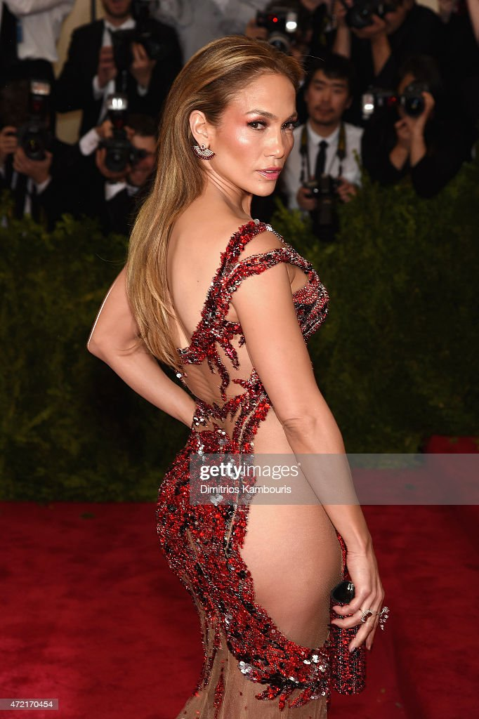 <a gi-track='captionPersonalityLinkClicked' href=/galleries/search?phrase=Jennifer+Lopez&family=editorial&specificpeople=201784 ng-click='$event.stopPropagation()'>Jennifer Lopez</a> attends the 'China: Through The Looking Glass' Costume Institute Benefit Gala at the Metropolitan Museum of Art on May 4, 2015 in New York City.