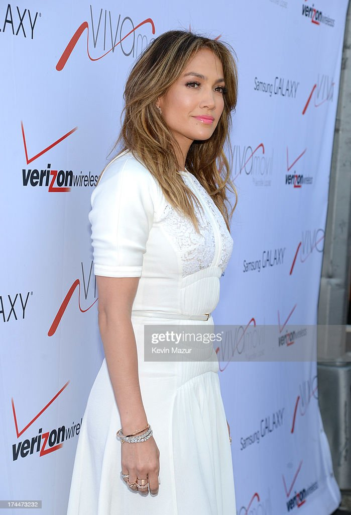 Jennifer Lopez attends the opening of Viva Movil By Jennifer Lopez flagship store on July 26, 2013 in New York City.