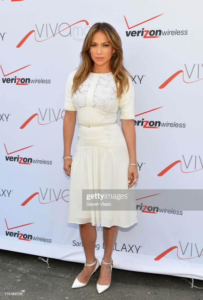 <a gi-track='captionPersonalityLinkClicked' href=/galleries/search?phrase=Jennifer+Lopez&family=editorial&specificpeople=201784 ng-click='$event.stopPropagation()'>Jennifer Lopez</a> attends Viva Movil By <a gi-track='captionPersonalityLinkClicked' href=/galleries/search?phrase=Jennifer+Lopez&family=editorial&specificpeople=201784 ng-click='$event.stopPropagation()'>Jennifer Lopez</a> Flagship Store Opening at Viva Movil on July 26, 2013 in New York City.