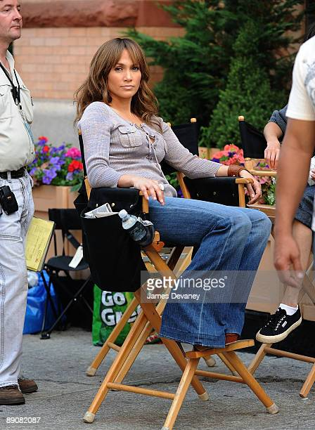 Jennifer Lopez on location for 'The BackUp Plan' on the streets of Manhattan on July 17 2009 in New York City