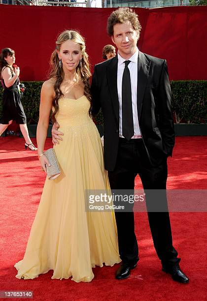 Jennifer Love Hewitt and Jamie Kennedy arrive at the 61st Primetime Emmy Awards held at the Nokia Theatre on September 20 2009 in Los Angeles...