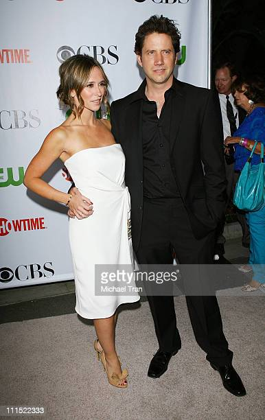 Jennifer Love Hewitt and Jamie Kennedy arrive to the 2009 TCA Summer Tour for CBS CW and Showtime party held at The Huntington Library on August 3...