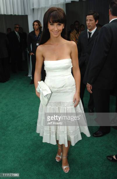 Jennifer Love Hewitt during The 48th Annual GRAMMY Awards Green Carpet at Staples Center in Los Angeles California United States