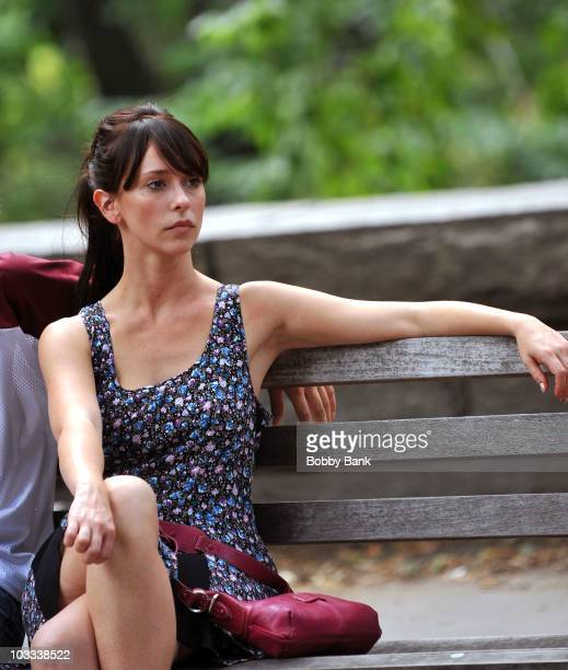 Jennifer Love Hewitt films on location for 'Law Order SVU' on the streets of Manhattan on August 10 2010 in New York City
