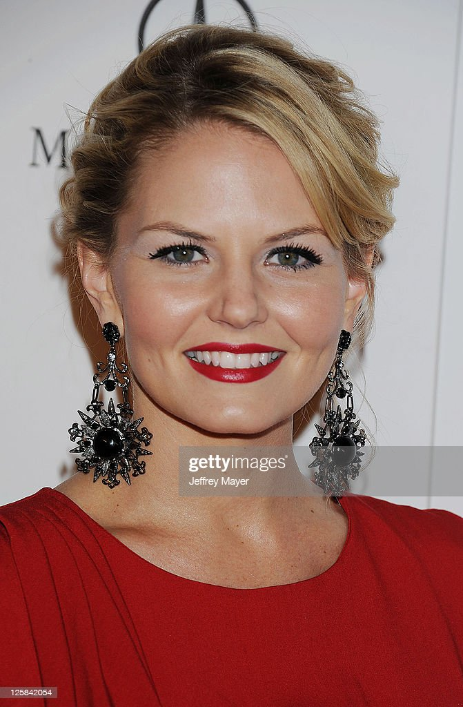 Jennifer Morrison arrives at Art Of Elysium's 4th Annual 'Heaven' Charity Gala at California Science Center?s Wallis Annenberg Building on January 15, 2011 in Los Angeles, California.