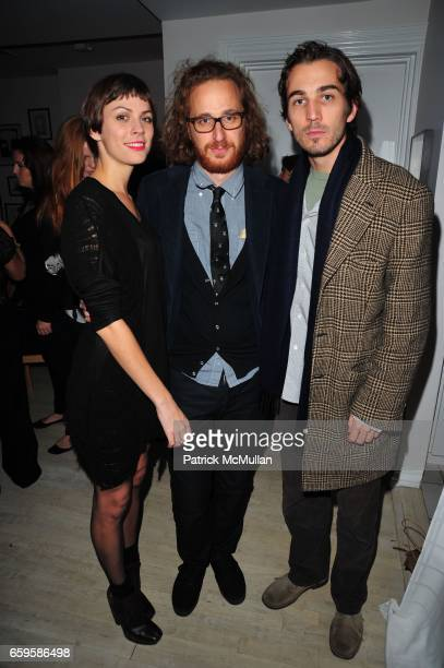 Jennifer Murray Alexander Olch and Jamie Johnson attend HBO Premiere of Alexander Olch's THE WINDMILL MOVIE at Private Residence on October 28 2009...