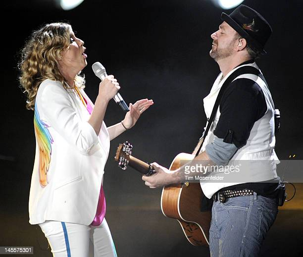Jennifer Nettles and Kristian Bush of Sugarland perform part of the band's In The Hands Of The Fans 2012 Tour at Shoreline Amphitheatre on June 1...