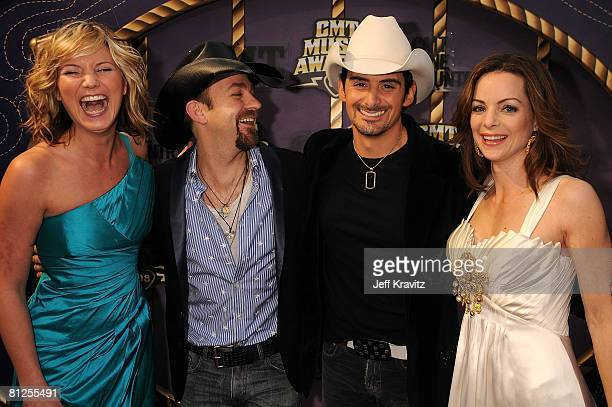 Jennifer Nettles and Kristian Bush of Sugerland with Brad Paisley and actress Kimberly WilliamsPaisley attend the 2008 CMT Music Awards at the Curb...
