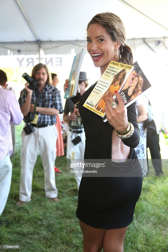Jennifer Nicole Lee attends East Hampton Library's Authors Night 2013 at Gardiner's Farm on August 10, 2013 in East Hampton, New York.