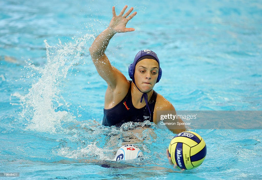 Jennifer Pareja Lisalde of Spain defends Claudia Blomenkamp of Germany against in the Women's Preliminary Round Group A Water Polo match between...