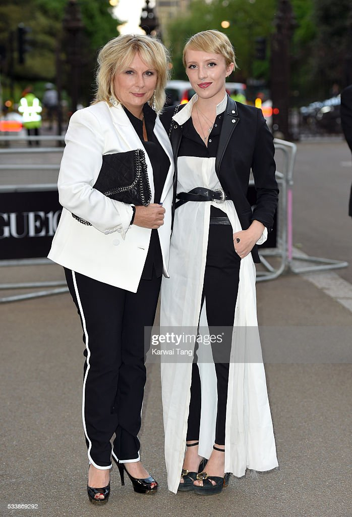 Jennifer Saunders and Freya Edmondson arrive for the Gala to celebrate the Vogue 100 Festival at Kensington Gardens on May 23, 2016 in London, England.