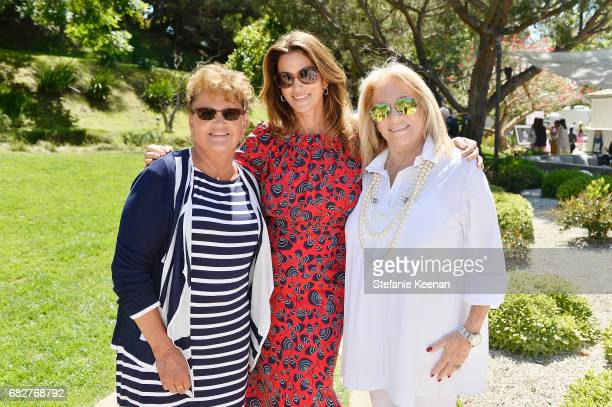 Jennifer Sue CrawfordMoluf Cindy Crawford and Kelly Meyer attend Cindy Crawford and Kaia Gerber host Best Buddies Mother's Day Brunch in Malibu CA...