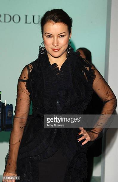 Jennifer Tilly front row at Eduardo Lucero Spring 2006