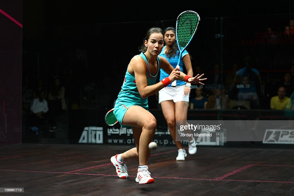 Jenny Duncalf of England in action against Nour El Sherbini of Egypt during Day 3 of the World Series Finals helf at Queens Club on January 4, 2013 in London, England.