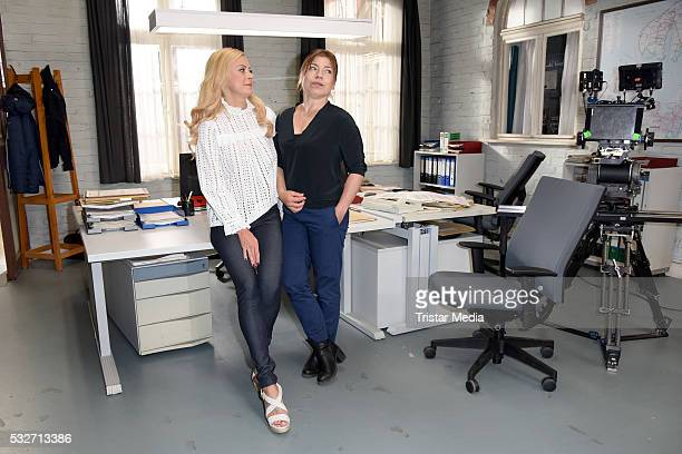 Jenny Elvers and Claudia Schmutzler attend the SOKO Wismar onset photocall on May 19 2016 in Berlin Germany