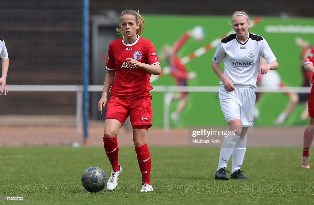 Jenny Hipp of Potsdam runs with the ball during the U17 Girl's Bundesliga semi final first leg match between Turbine Potsdam and FSV Guetersloh 2009...
