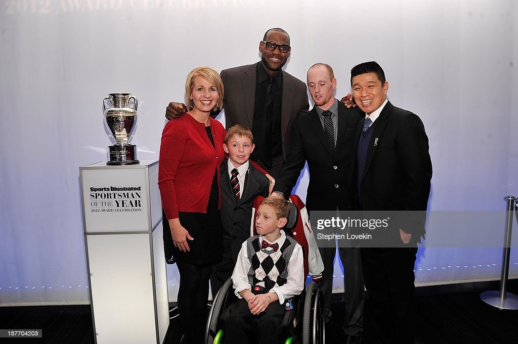 Jenny Long, 2012 Sportskid Conner Long (L), 2012 Sportsman of the Year LeBron James, Cayden Long, Jeff Long, and Sports Illustrated for Kids Managing Editor Bob Der attend the 2012 Sports Illustrated Sportsman of the Year award presentation at Espace on December 5, 2012 in New York City.