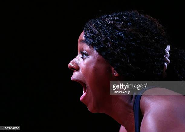 Jenny Lyvette Arthur of US B shouts as she competes in Women's 75kg Snatch during day six of the 2013 Junior Weightlifting World Championship at...