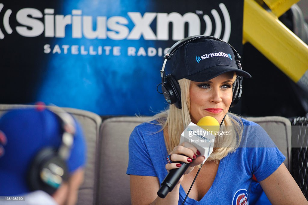Jenny McCarthy Hosts Her SiriusXM Show Live From Beyond The Ivy In Chicago on October 20 2015 in Chicago Illinois
