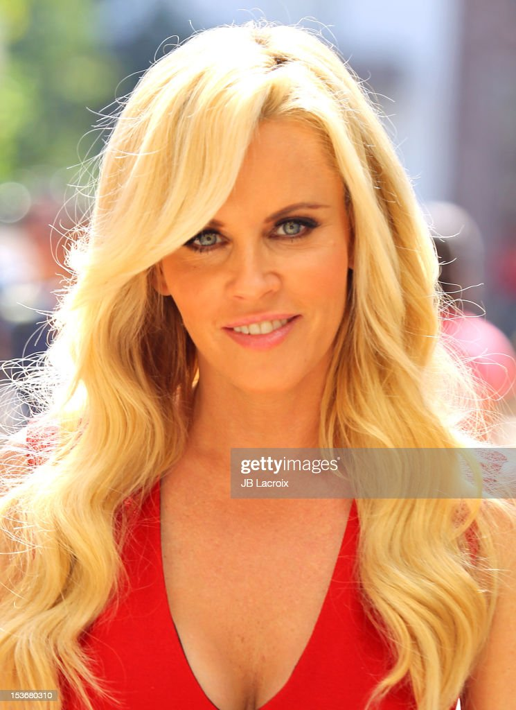 <a gi-track='captionPersonalityLinkClicked' href=/galleries/search?phrase=Jenny+McCarthy&family=editorial&specificpeople=202900 ng-click='$event.stopPropagation()'>Jenny McCarthy</a> is seen at The Grove on October 8, 2012 in Los Angeles, California.