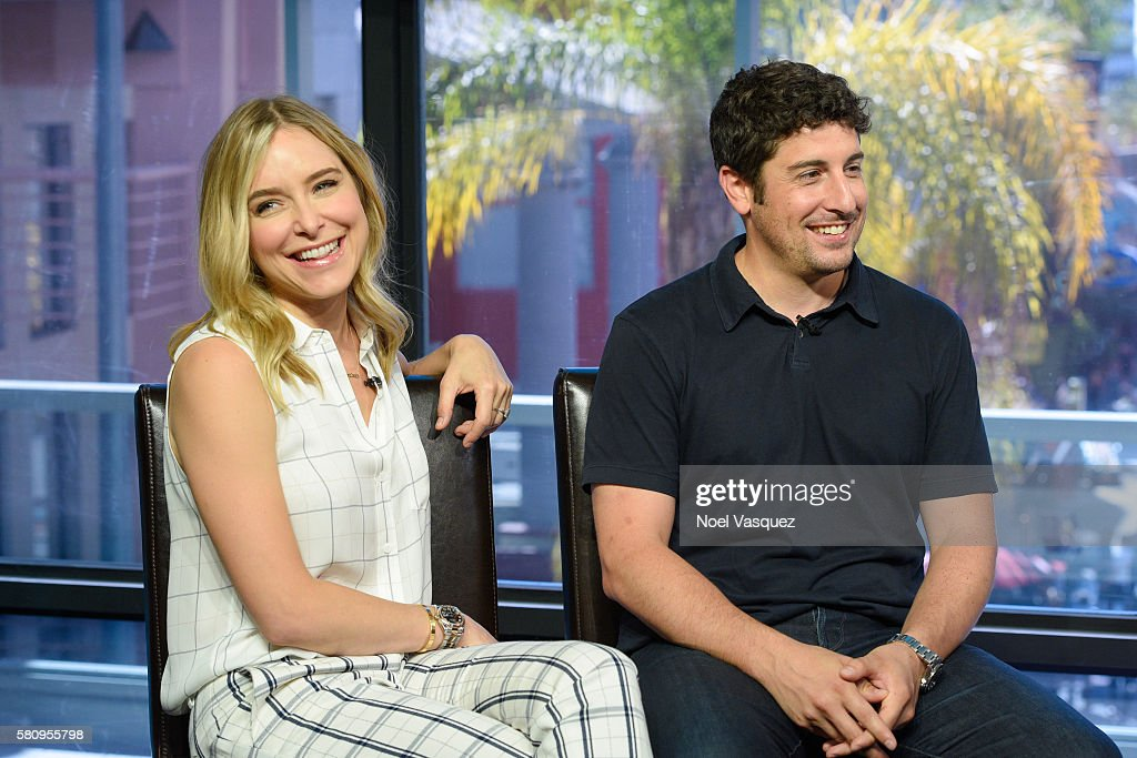 Jenny Mollen and Jason Biggs visit 'Extra' at Universal Studios Hollywood on July 25 2016 in Universal City California