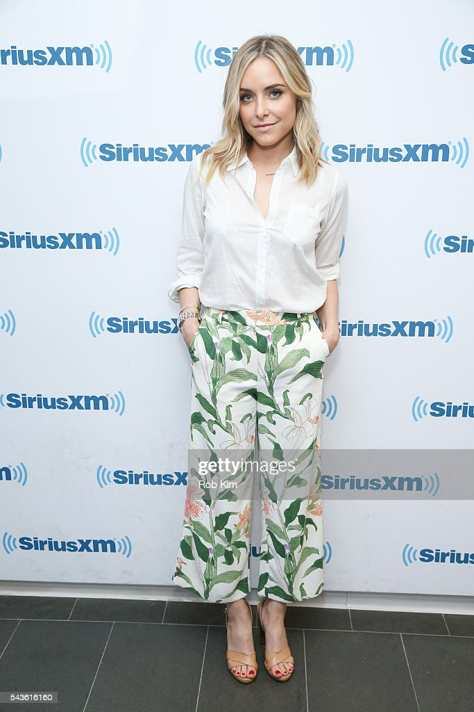 <a gi-track='captionPersonalityLinkClicked' href=/galleries/search?phrase=Jenny+Mollen&family=editorial&specificpeople=599177 ng-click='$event.stopPropagation()'>Jenny Mollen</a> visits at SiriusXM Studio on June 29, 2016 in New York City.