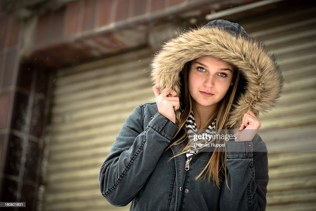 Jenny - Out in the cold. : Stock Photo