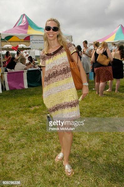 Jenny Sheridan attends KELLY RIPA DONNA KARAN and INSTYLE Host SUPER SATURDAY 10 To Benefit The Ovarian Cancer Research Fund at Nova's Ark Project on...