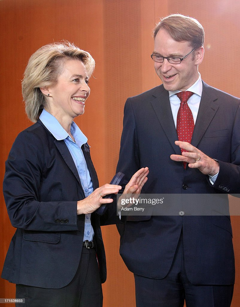 <a gi-track='captionPersonalityLinkClicked' href=/galleries/search?phrase=Jens+Weidmann&family=editorial&specificpeople=6917233 ng-click='$event.stopPropagation()'>Jens Weidmann</a>, president of the Deutsche Bundesbank (R), speaks to German Labor Minister <a gi-track='captionPersonalityLinkClicked' href=/galleries/search?phrase=Ursula+von+der+Leyen&family=editorial&specificpeople=4249207 ng-click='$event.stopPropagation()'>Ursula von der Leyen</a> as they arrive for the weekly German federal Cabinet meeting on June 26, 2013 in Berlin, Germany. High on the morning's agenda was discussion of the country's 2014 federal budget.