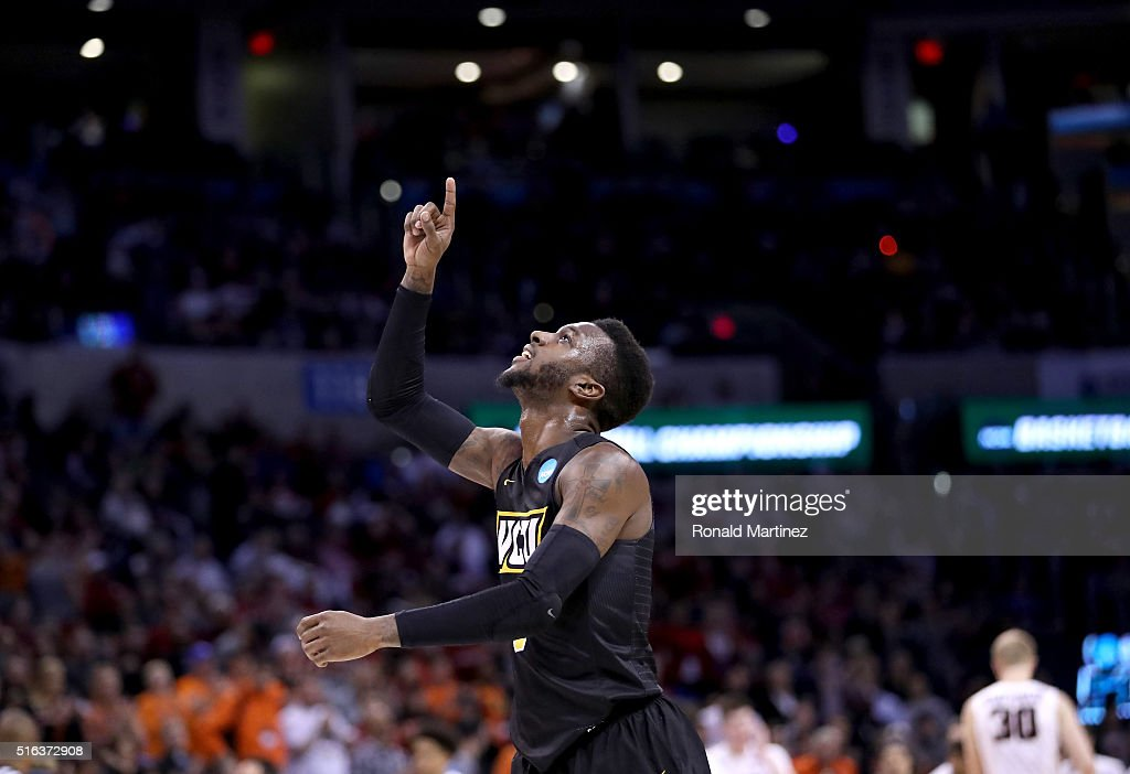 JeQuan Lewis of the Virginia Commonwealth Rams celebrates the 7567 victory agaisnt Oregon State Beavers in the first round of the 2016 NCAA Men's...