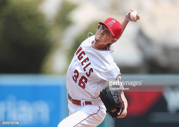 Jered Weaver of the Los Angeles Angels of Anaheim throws a pitch against the Texas Rangers at Angel Stadium of Anaheim on April 10 2016 in Anaheim...