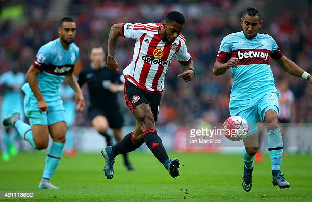 Jeremain Lens of Sunderland scores his team's second goal during the Barclays Premier League match between Sunderland and West Ham United at the...
