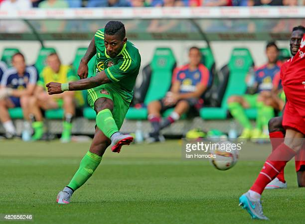 Jeremain Lens of Sunderland scores the opening goal during a PreSeason friendly match between Hannover 96 and Sunderland AFC at the HDI Arena on...