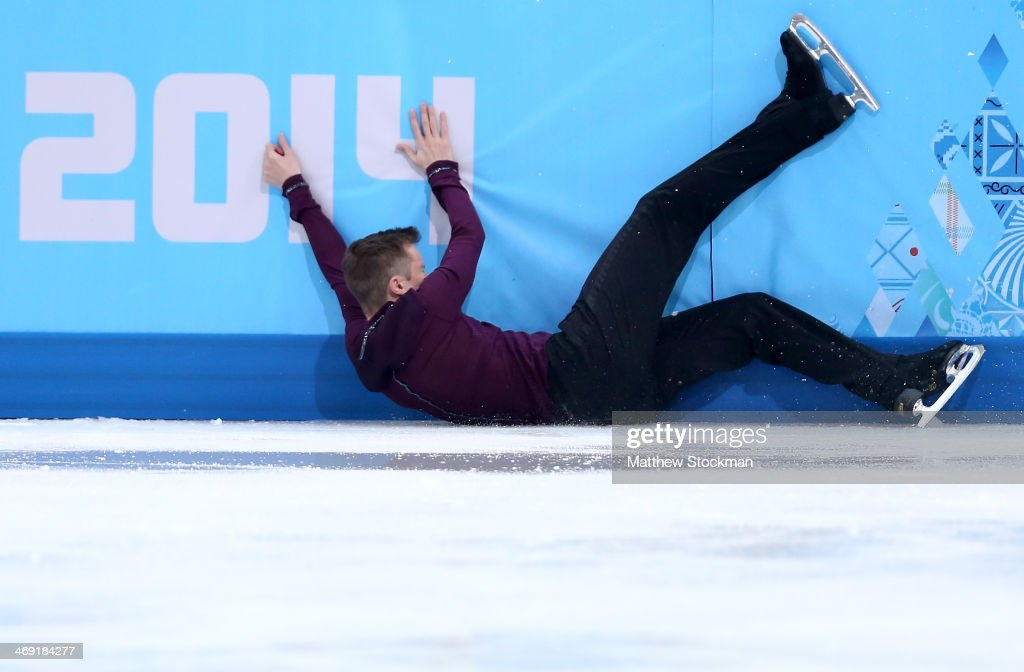 <a gi-track='captionPersonalityLinkClicked' href=/galleries/search?phrase=Jeremy+Abbott&family=editorial&specificpeople=4125520 ng-click='$event.stopPropagation()'>Jeremy Abbott</a> of the United States hits the wall while competing during the Men's Figure Skating Short Program on day 6 of the Sochi 2014 Winter Olympics at the at Iceberg Skating Palace on February 13, 2014 in Sochi, Russia.