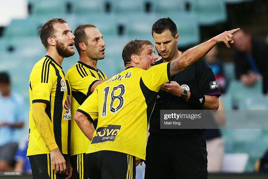 A-League Rd 26 - Sydney v Wellington