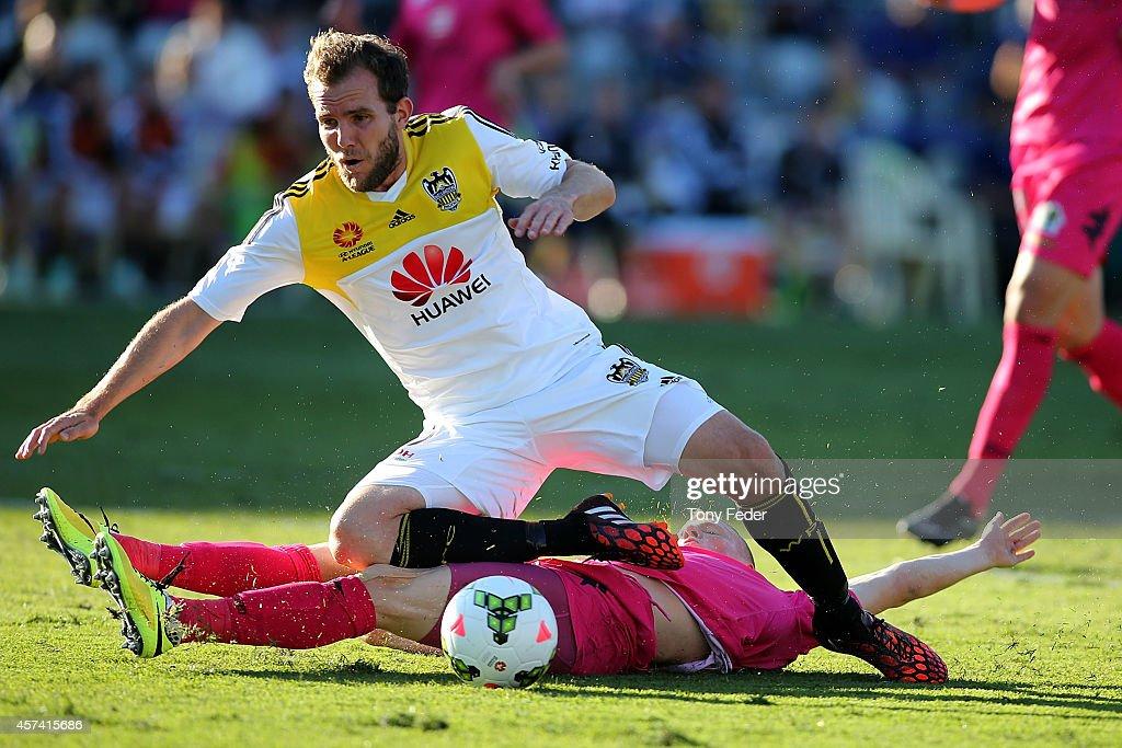 A-League Rd 2 - Central Coast v Wellington