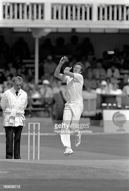 Jeremy Coney bowling Cricket World Cup 1983 Pakistan v New Zealand at Trent Bridge