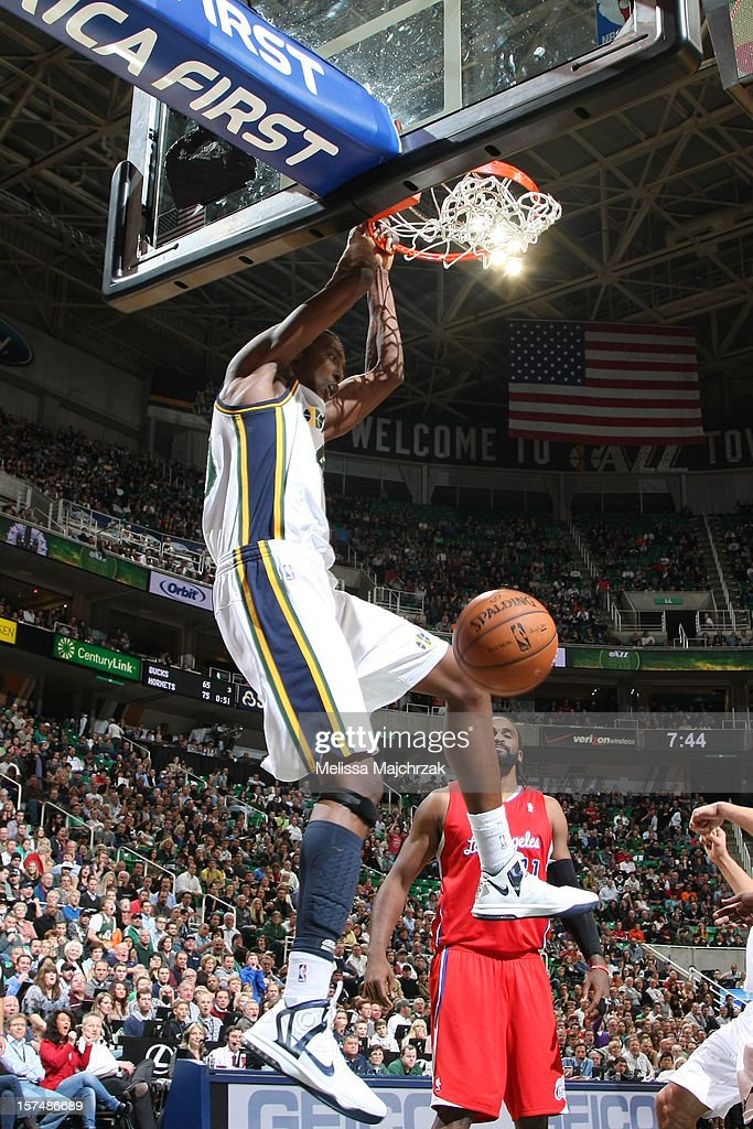 Jeremy Evans #40 of the Utah Jazz dunks against the Los Angeles Clippers at Energy Solutions Arena on December 03, 2012 in Salt Lake City, Utah.