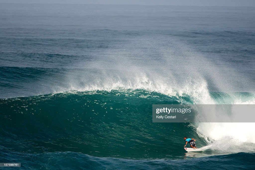 <a gi-track='captionPersonalityLinkClicked' href=/galleries/search?phrase=Jeremy+Flores&family=editorial&specificpeople=2146007 ng-click='$event.stopPropagation()'>Jeremy Flores</a> of France sufs in the Vans World Cup of Surfing at Sunset Beach on December 4, 2012 in North Shore, Hawaii. Flores placed equal 13th.