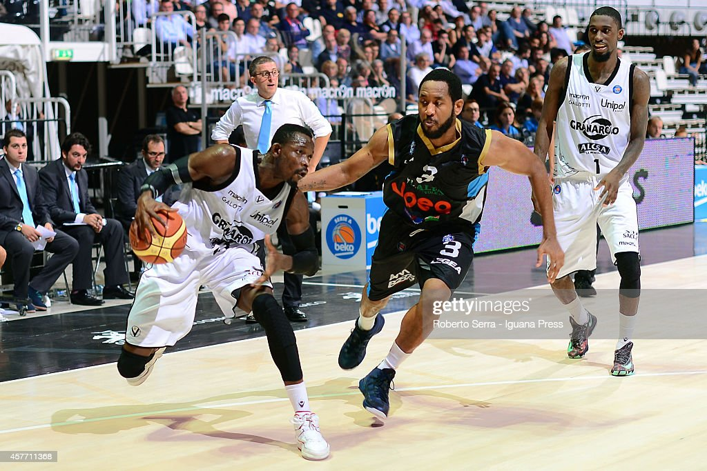 Jeremy Hazell of Granarolo competes with Austin Freeman of Upea during the match between Granarolo Bologna and Upea Capo d'Orlandoe at Unipol Arena...
