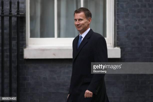 Jeremy Hunt UK health secretary arrives for a special cabinet meeting at number 10 Downing Street in London UK on Thursday Sept 21 2017 UK Prime...