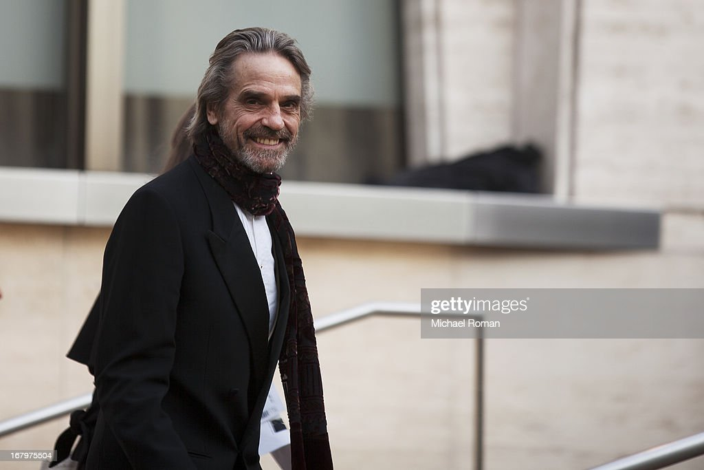 <a gi-track='captionPersonalityLinkClicked' href=/galleries/search?phrase=Jeremy+Irons&family=editorial&specificpeople=203309 ng-click='$event.stopPropagation()'>Jeremy Irons</a> attends the 40th Anniversary Chaplin Award Gala at Avery Fisher Hall at Lincoln Center for the Performing Arts on April 22, 2013 in New York City.