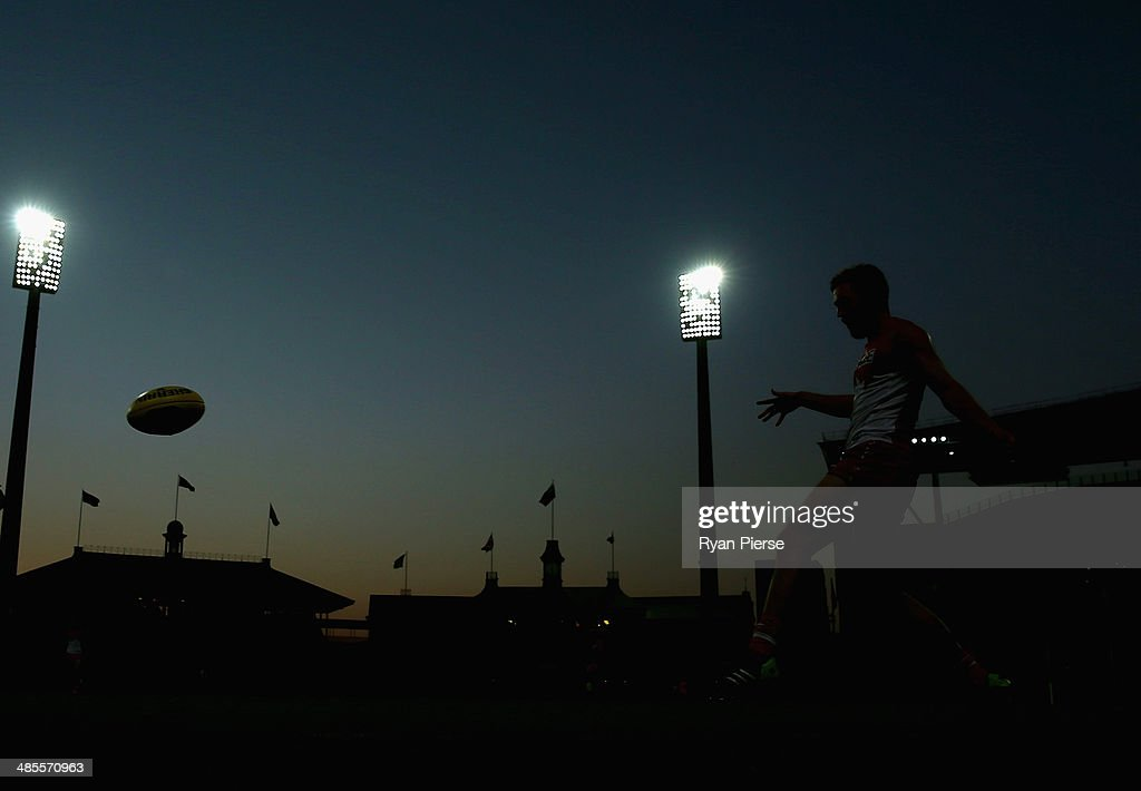 Jeremy Laidler of the Swans kicks during the round five AFL match between the Sydney Swans and the Fremantle Dockers at Sydney Cricket Ground on April 19, 2014 in Sydney, Australia.
