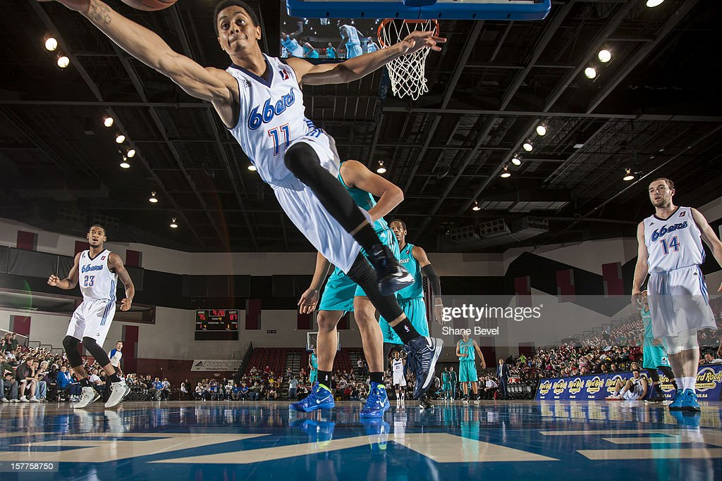 <a gi-track='captionPersonalityLinkClicked' href=/galleries/search?phrase=Jeremy+Lamb&family=editorial&specificpeople=7407506 ng-click='$event.stopPropagation()'>Jeremy Lamb</a> #11 of the Tulsa 66ers dives for a loose ball on the baseline during the NBA D-League game against the Sioux Falls Skyforce on December 5, 2012 at the SpiritBank Event Center in Bixby, Oklahoma.
