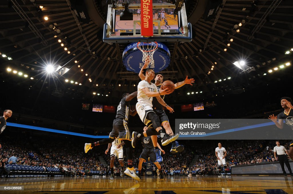 Jeremy Lin #7 of the Brooklyn Nets looks to pass the ball against the Golden State Warriors on February 25, 2017 at ORACLE Arena in Oakland, California.