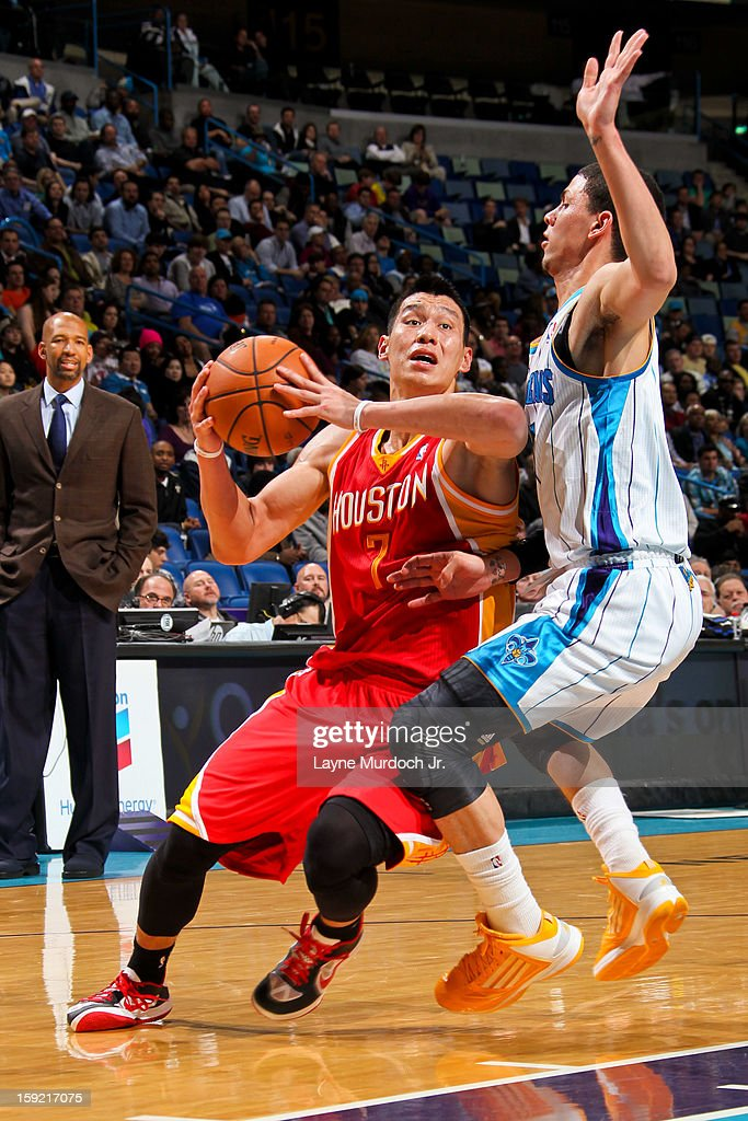 <a gi-track='captionPersonalityLinkClicked' href=/galleries/search?phrase=Jeremy+Lin&family=editorial&specificpeople=6669516 ng-click='$event.stopPropagation()'>Jeremy Lin</a> #7 of the Houston Rockets drives against <a gi-track='captionPersonalityLinkClicked' href=/galleries/search?phrase=Austin+Rivers&family=editorial&specificpeople=7117574 ng-click='$event.stopPropagation()'>Austin Rivers</a> #25 of the New Orleans Hornets on January 9, 2013 at the New Orleans Arena in New Orleans, Louisiana.